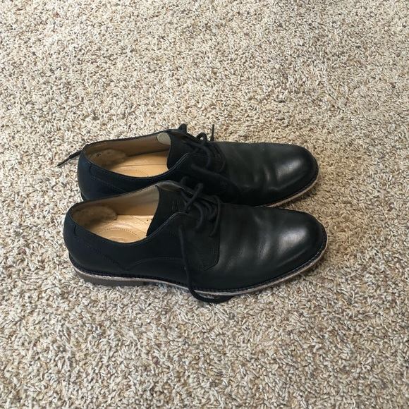 UGG Other - UGG black dress shoes